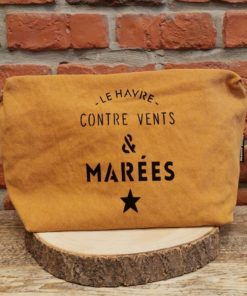 Grande Pochette moutarde Le Havre contre vents et marées